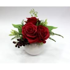 Декор цветы красные розы в горшке